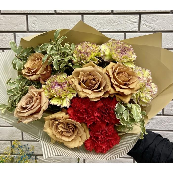 Кофейный букет с розами тоффи