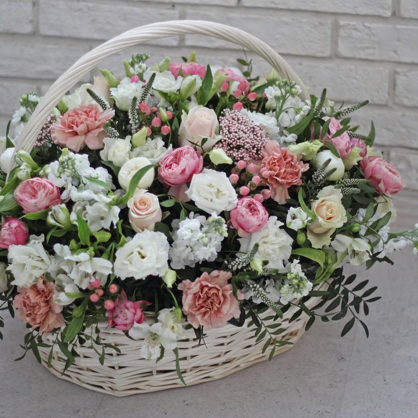 Нежная корзина цветов (автор47)