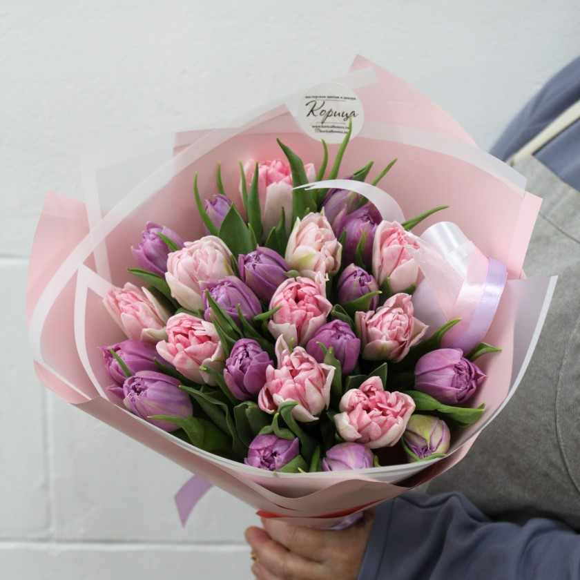 Букет сиренево-розовых пионовидных тюльпанов