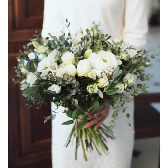 Букет из белых цветов (автор28)