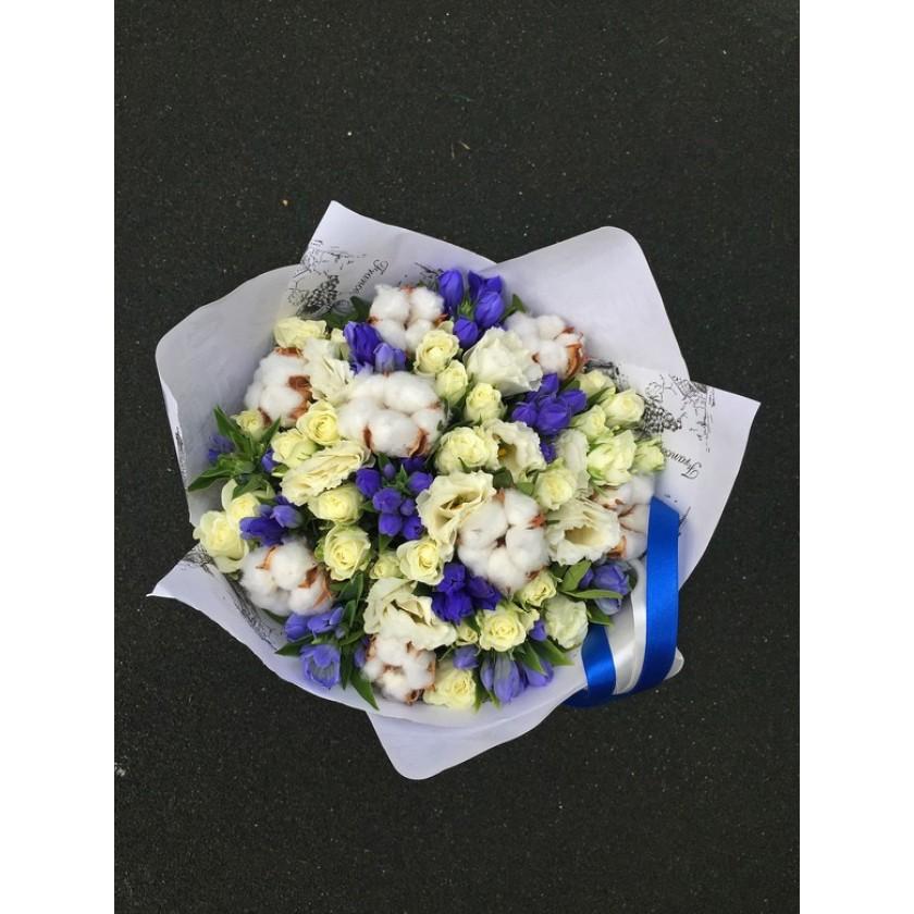 Бело-синий букет с хлопком (автор10)