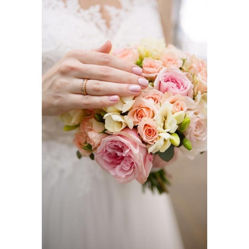 Букет невесты с пионовидной розой