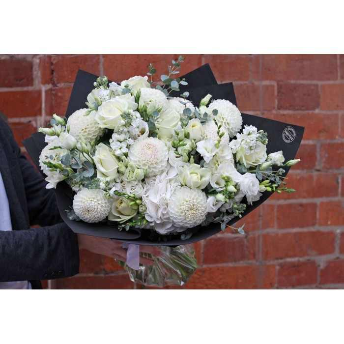 Букет из белых цветов (автор63)