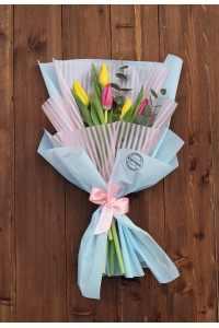 Весенний микс тюльпанов